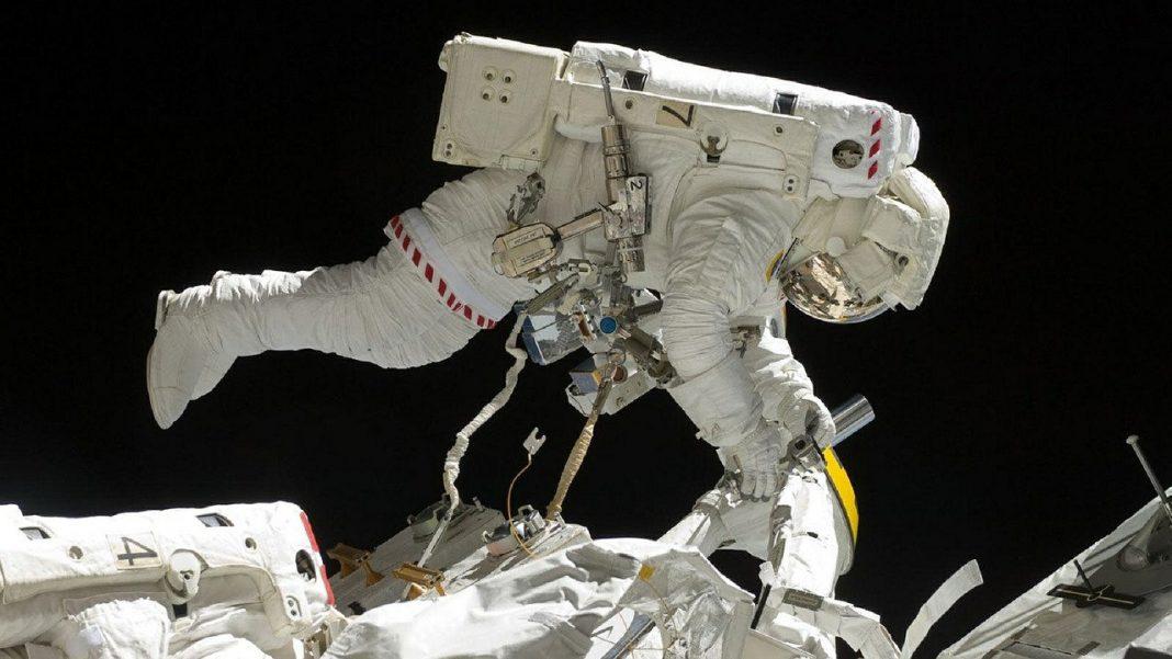astronautas-dormir